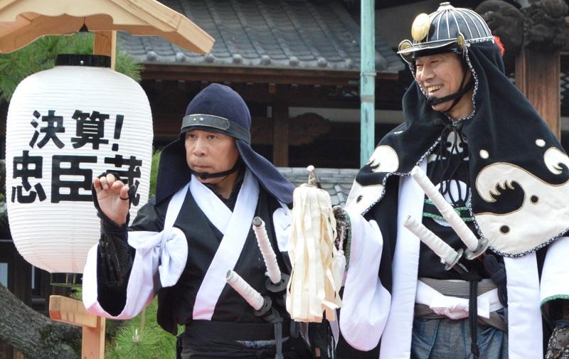 ライバルは某アニメ映画? 岡村隆史と堤真一が「決算!忠臣蔵」公開直前イベントに出演