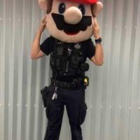マリオの「中の人」探してます! オーストラリア警察がハロウィ…