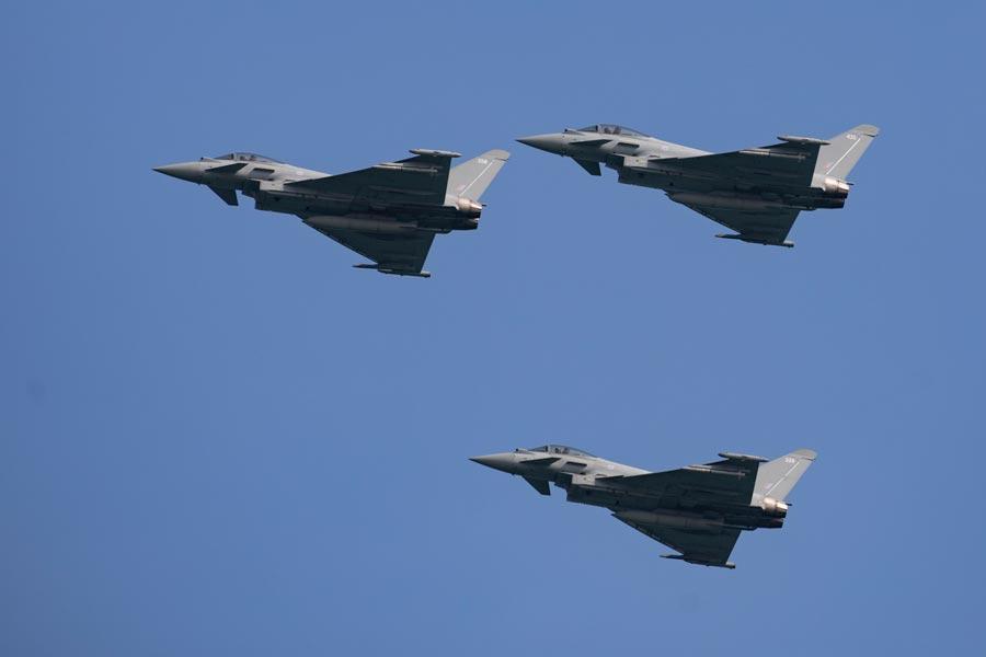 カタール建国記念日にイギリス空軍戦闘機が初の祝賀飛行