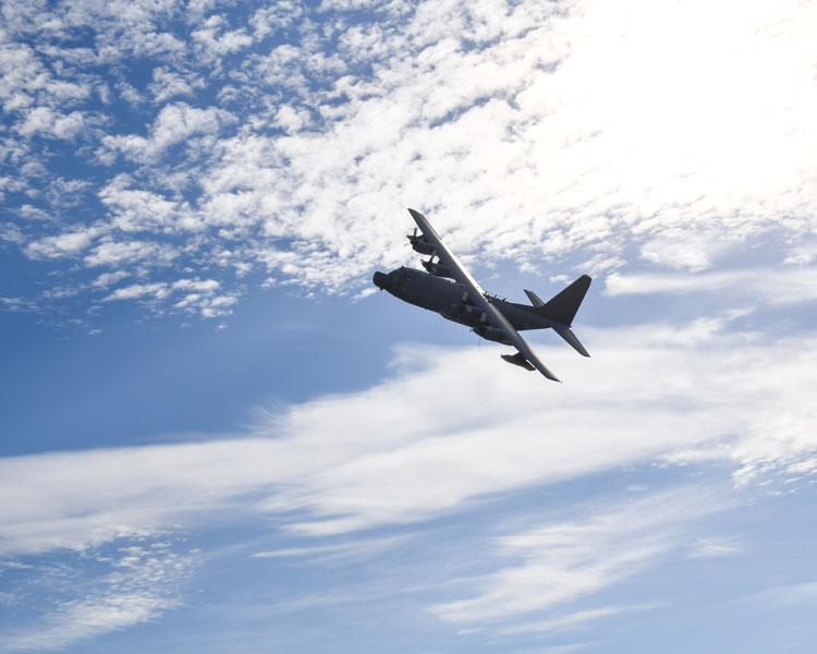 アメリカ空軍最後のMC-130H嘉手納を去る 東日本大震災でも活躍