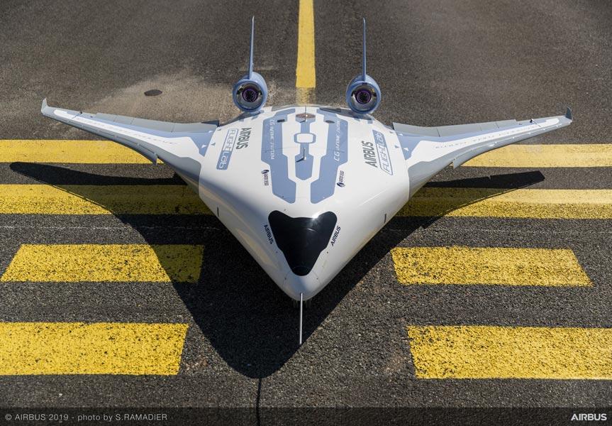 エアバス 次世代旅客機をイメージしたモデル機「MAVERIC」公開