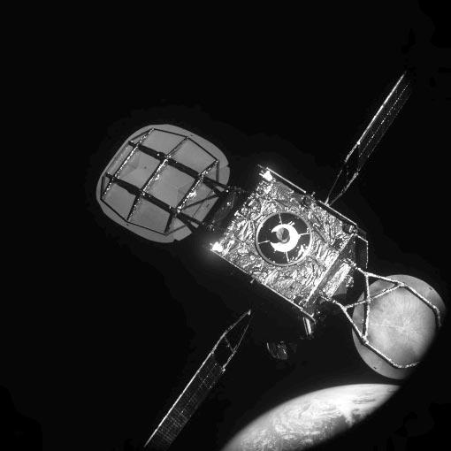 モジュール追加で人工衛星の寿命を延長 ノースロップ・グラマンが成功