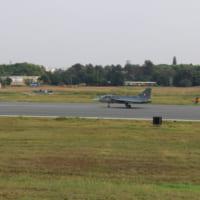 インドの国産戦闘機テジャス 完全作戦能力機が初飛行