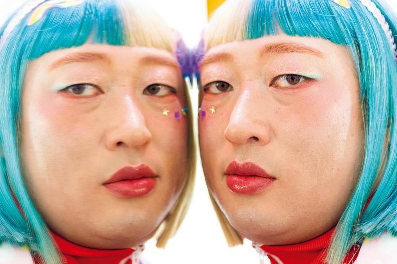 ロバート・秋山「クリエイターズ・ファイル」 今回はカリスマ双子インフルエンサー・カマタマちゃん