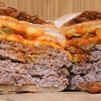 バーガーキング「超ワンパウンドビーフバーガー」の肉感が半端…