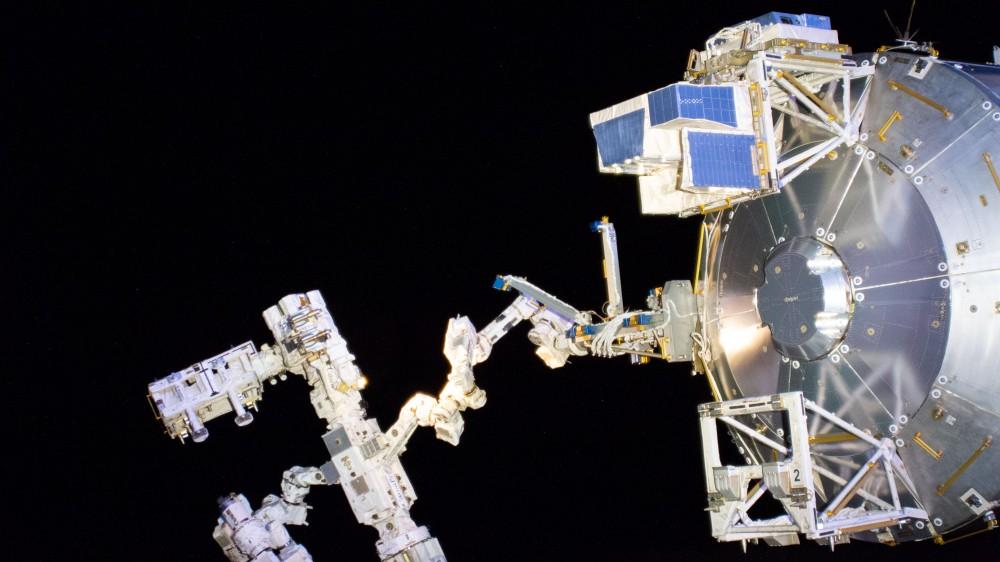 ヨーロッパの実験モジュール「バルトロメオ」国際宇宙ステーションに取付完了