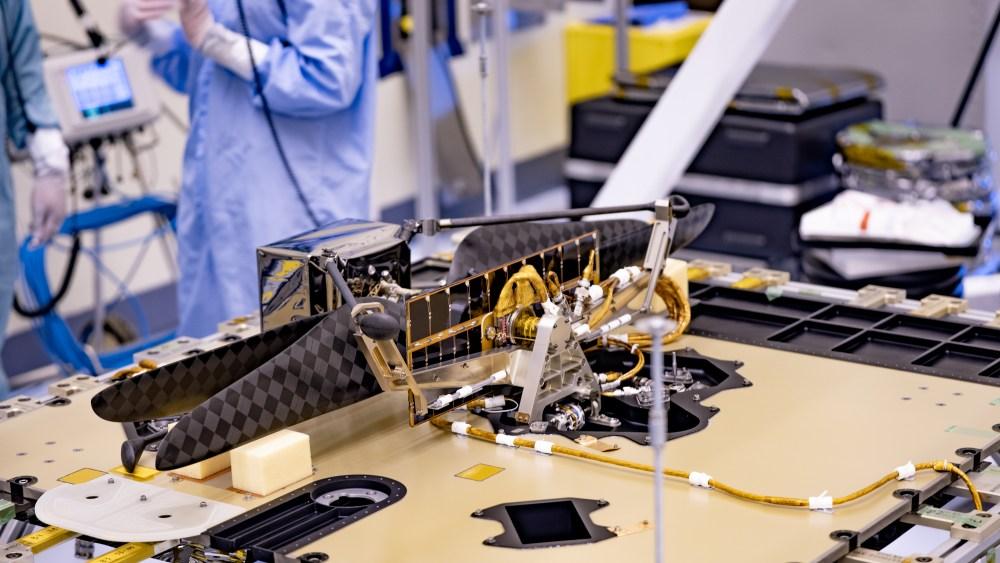 NASA火星ローバー「パーセベランス」にヘリコプター搭載完了
