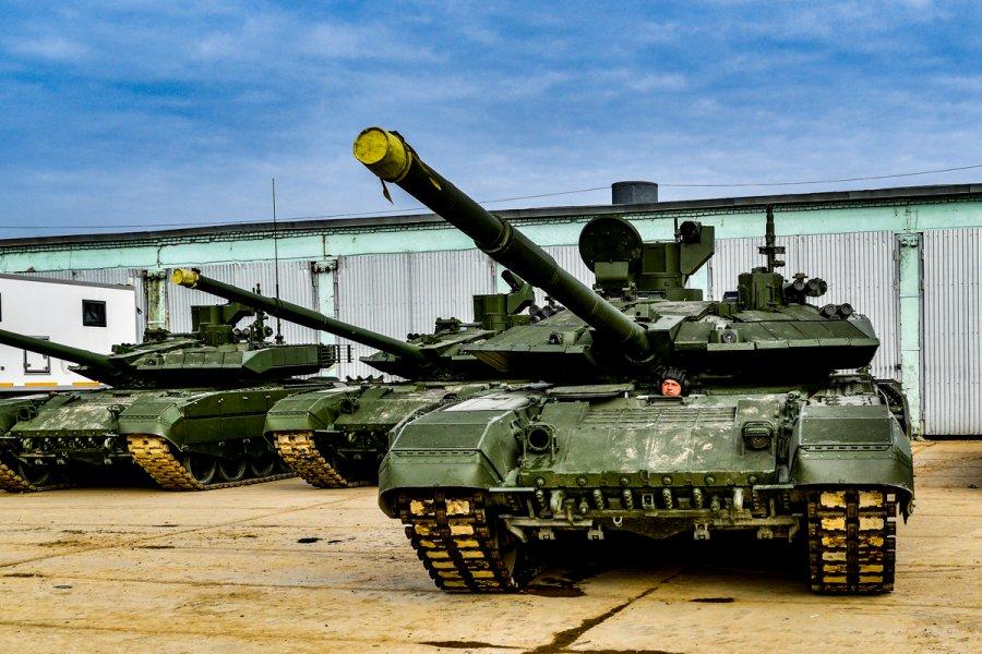 ロシア最新戦車T-90M 西部軍管区に初配備