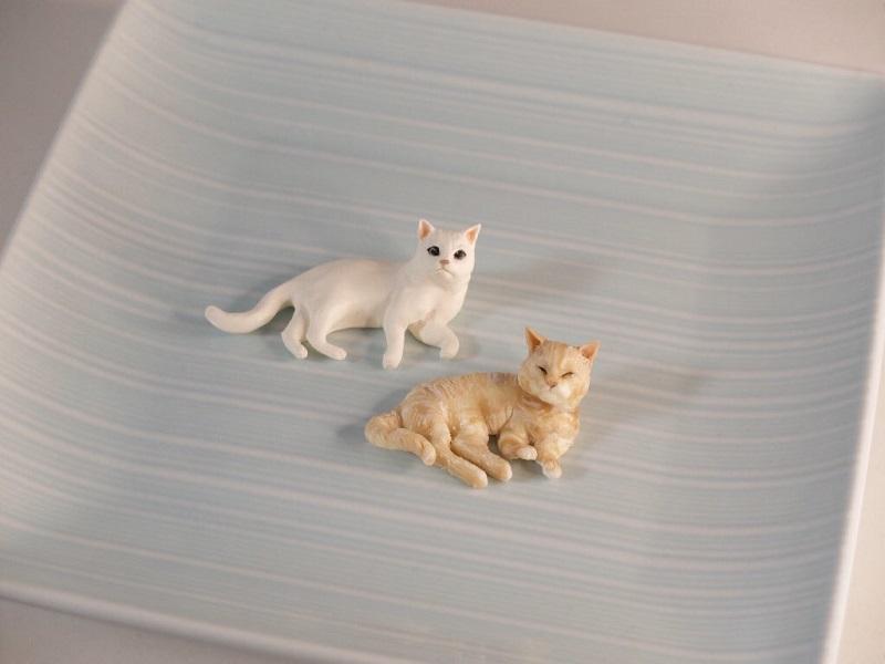 これ本当にチョコでできているの?? 可愛すぎる猫のチョコフィギュア