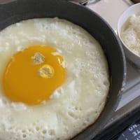 ダチョウの卵を使った目玉焼きが想像以上だった
