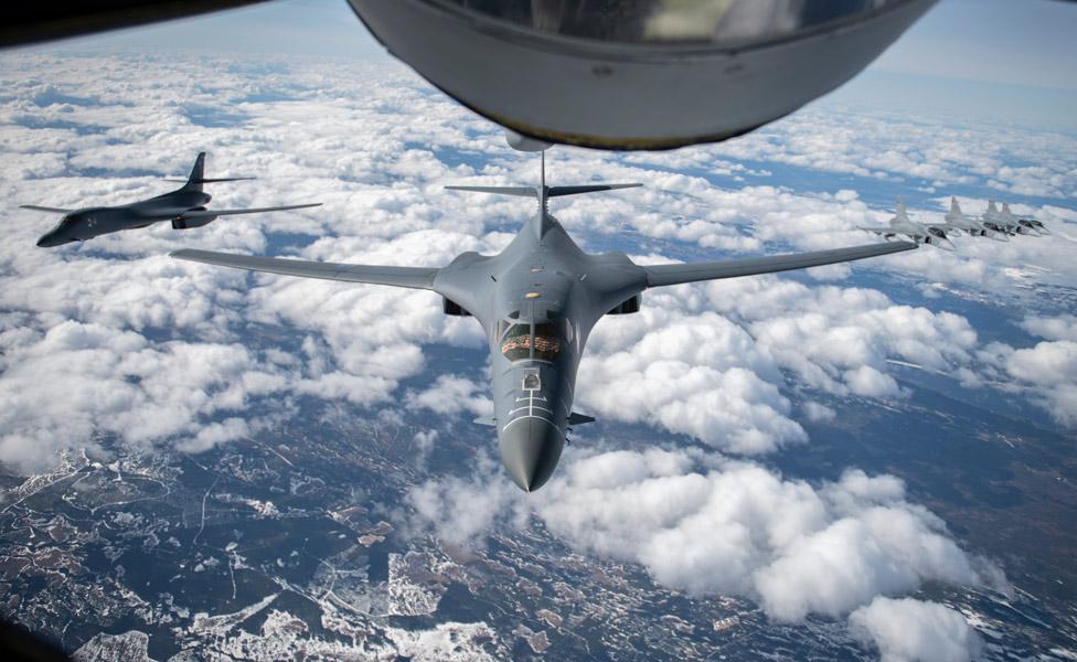 23時間飛びっぱなし!アメリカ空軍B-1Bが3週連続でヨーロッパ諸国と共同訓練