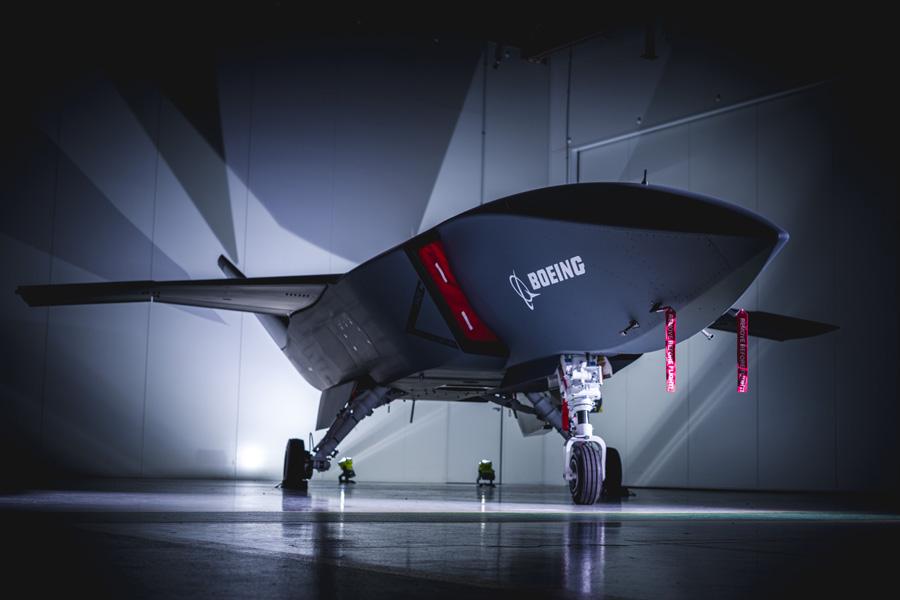 戦闘機と連携するドローン「ロイヤル・ウィングマン」試作1号機が完成