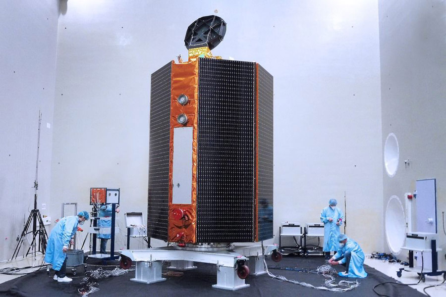 地球観測衛星センチネル6A 2020年11月打ち上げに向け環境試験中