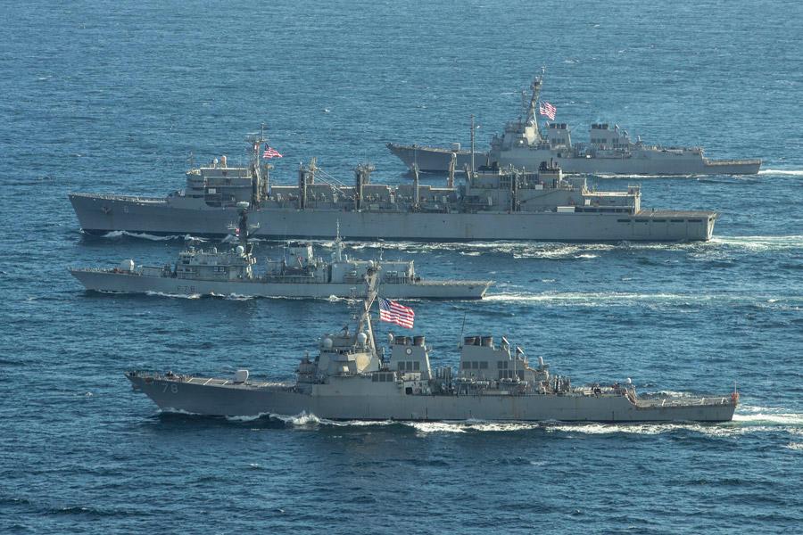 イギリス・アメリカ海軍 北極圏バレンツ海での共同訓練終了