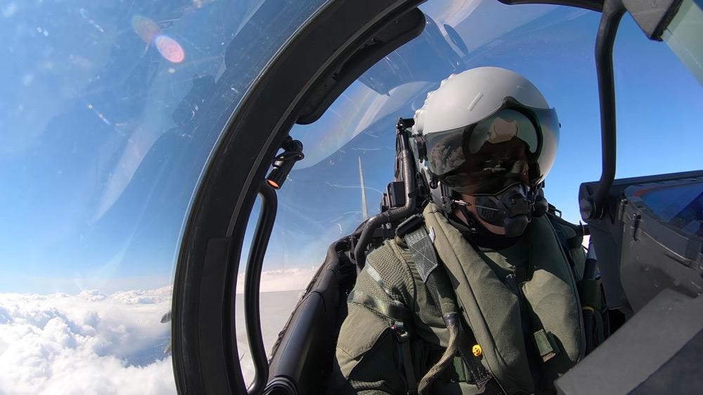 バルト海防空任務のイギリス空軍戦闘機 ロシア軍機にスクランブル