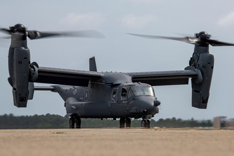 陸上自衛隊も採用するティルトローター機V-22オスプレイ生産400機を達成
