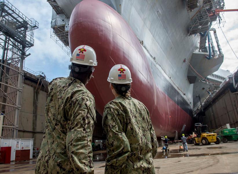 アメリカ海軍 新型コロナウイルスでスケジュールが遅延した艦船補修に予備役兵を招集