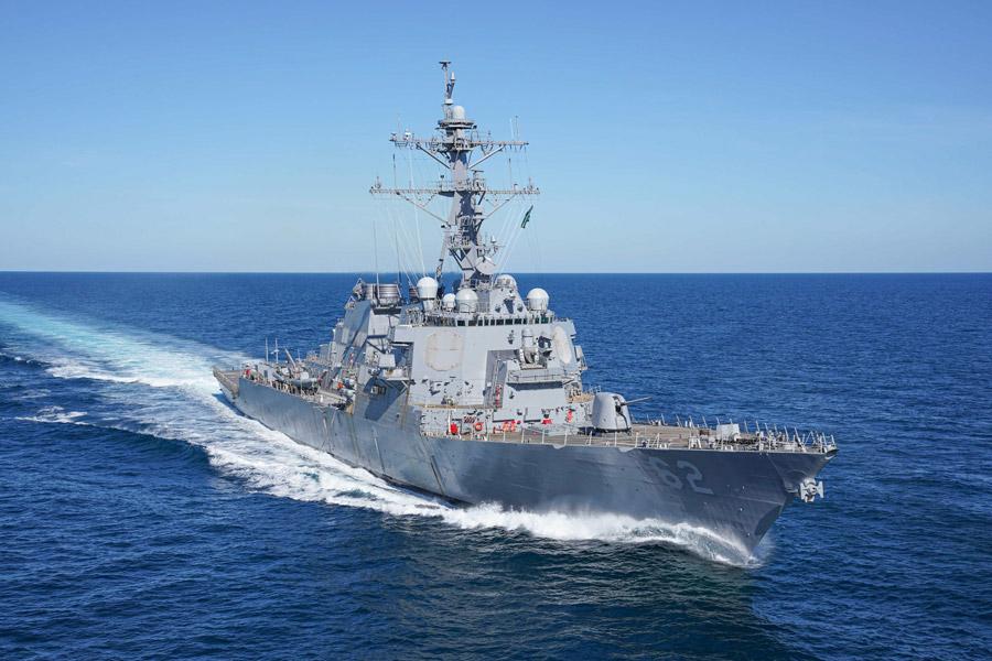 伊豆沖で民間船と衝突し大破したアメリカ駆逐艦 修復を終え戦列復帰へ