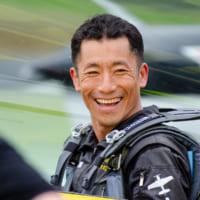 室屋義秀 福島県内で応援フライト「Fly for…