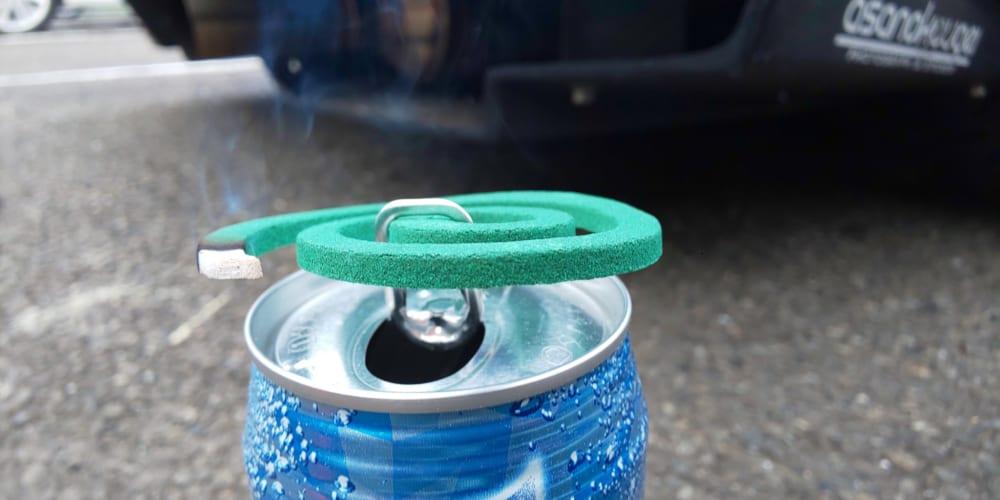 野外での蚊取り線香は空き缶が便利 とある整備士紹介の使用方法が話題
