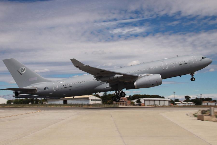 NATOの空中給油・輸送機A330MRTT1号機を受領 オランダを拠点に運用予定