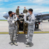 アメリカ空軍KC-46空中給油機 初の患者搬送任務を実施
