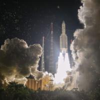 日本の4K8K放送衛星BSAT-4b アリアン5ロケットで…