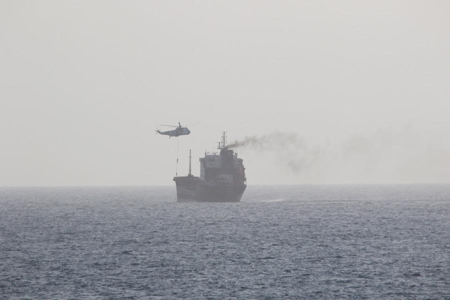 イランが民間船を軍事活用 アメリカ軍が非難声明