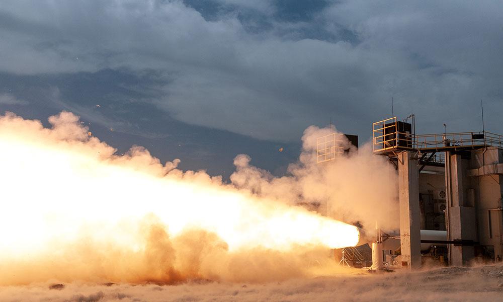 新型ロケット「ヴァルカン」用固体ロケットブースタ 地上燃焼試験に成功