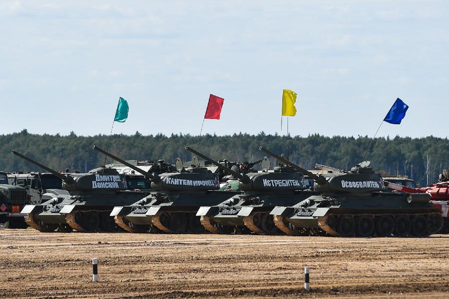 パンツァー・フォー!ロシアで「リアル戦車道」戦車バイアスロン世界選手権2020始まる