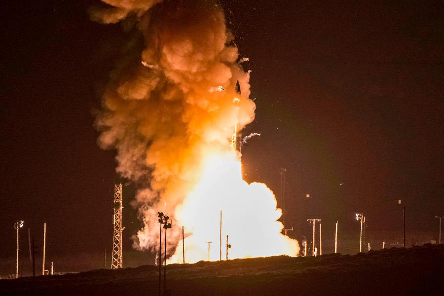 アメリカ新型ICBM ノースロップ・グラマンが開発受注