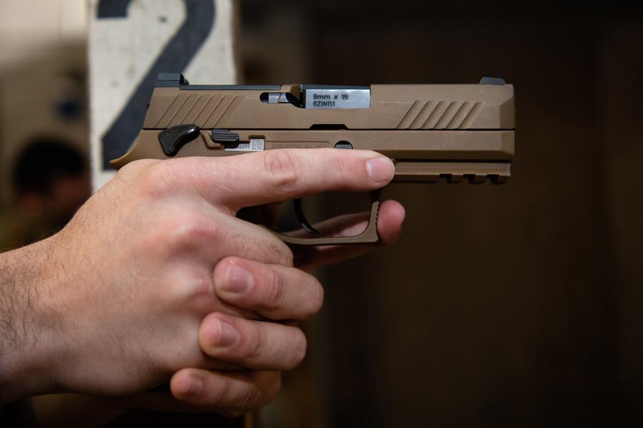 SIG SAUER M18(Image:USAF)