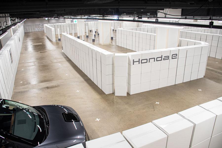 狭いところもスイスイ走る「Honda e」迷路試乗会に行ってきた