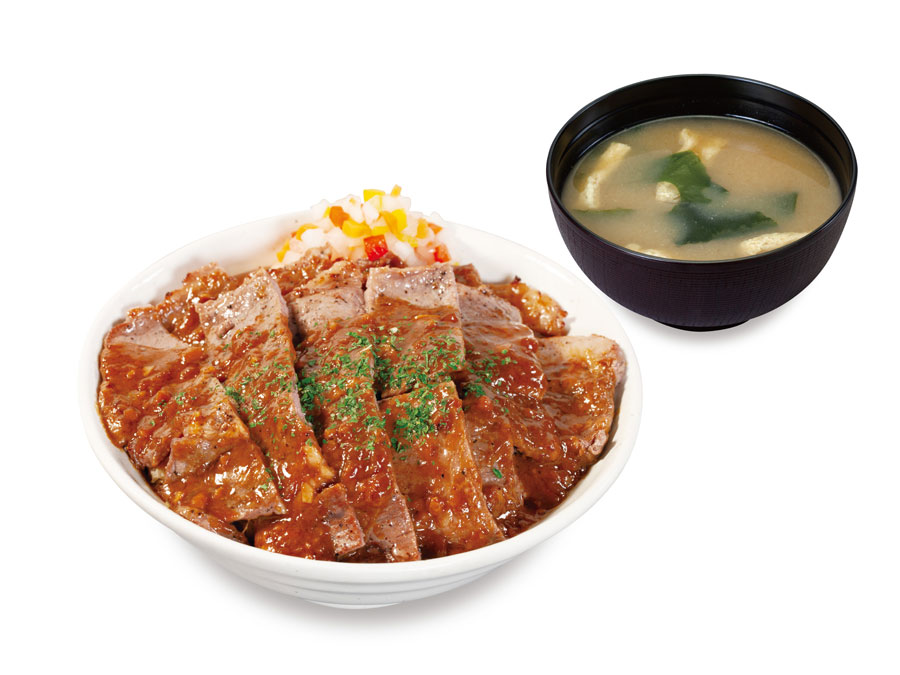 お肉2倍のデカ盛りも!松屋でステーキ屋松の「牛ステーキ丼」新発売