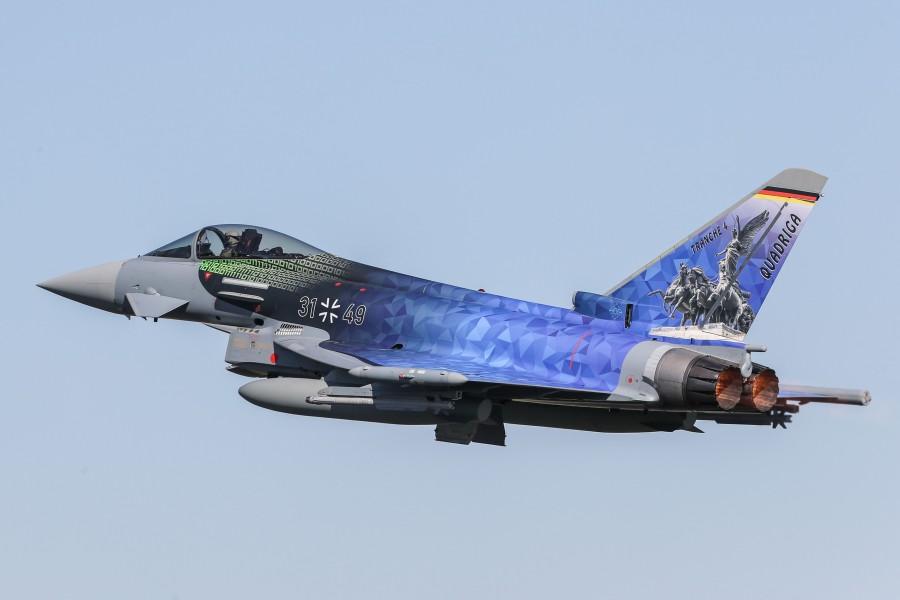 ドイツ空軍 ユーロファイター最新型「トランシェ4」38機発注