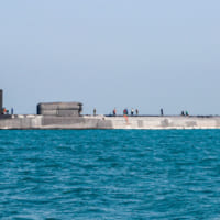 アメリカ巡航ミサイル原潜ジョージア バーレーンに寄港
