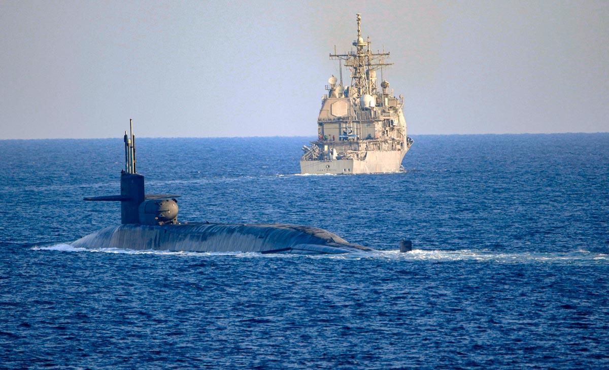 アメリカミサイル原潜ジョージア ホルムズ海峡を通過してペルシャ湾へ