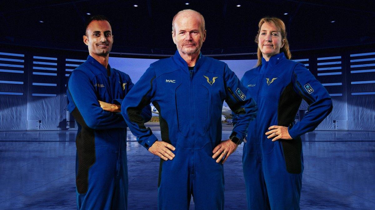 宇宙旅行会社ヴァージン・ギャラクティック アンダーアーマー製パイロット用宇宙服を公開