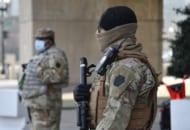 連邦議会の建物で警備にあたるペンシルベニア州兵(Image:U.S.Air National Guard)