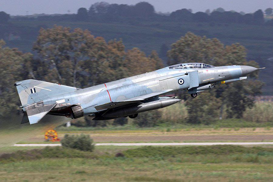 ギリシャ空軍のF-4E(Image:ギリシャ空軍)