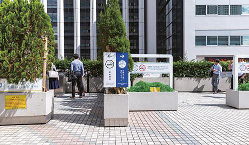 田町駅の加熱式たばこ専用分煙スペース