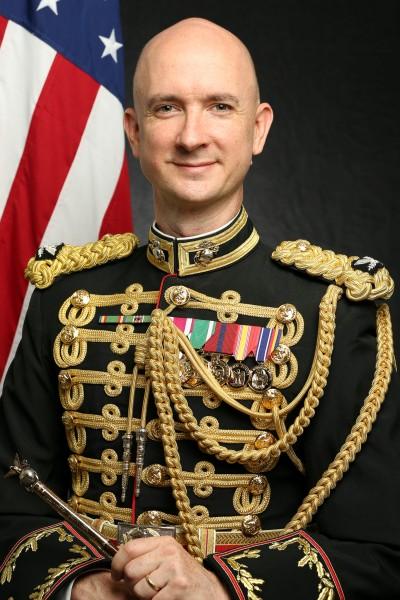 海兵隊音楽隊長のフェティグ大佐(Image:USMC)