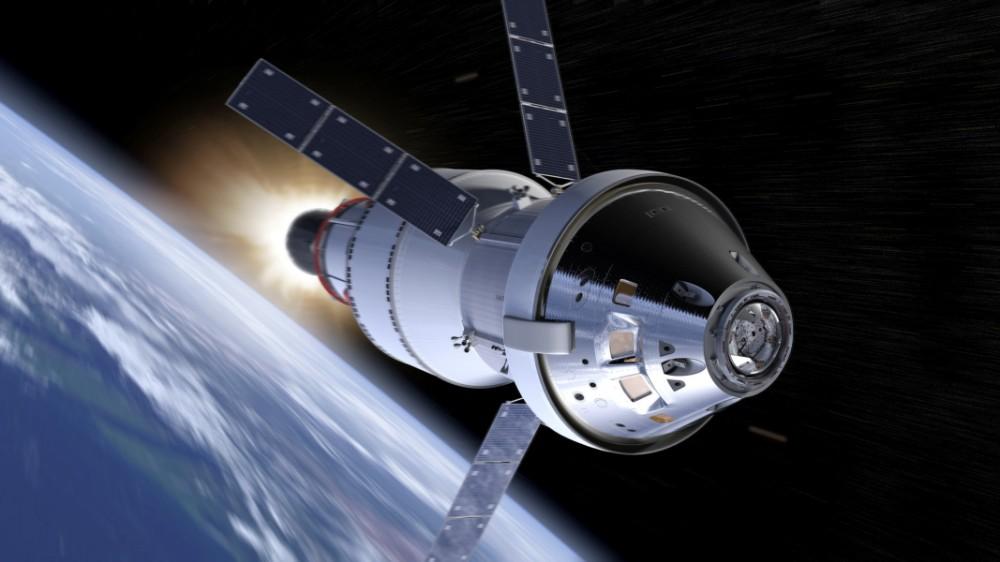 飛行するオリオン宇宙船の想像図(Image:NASA)