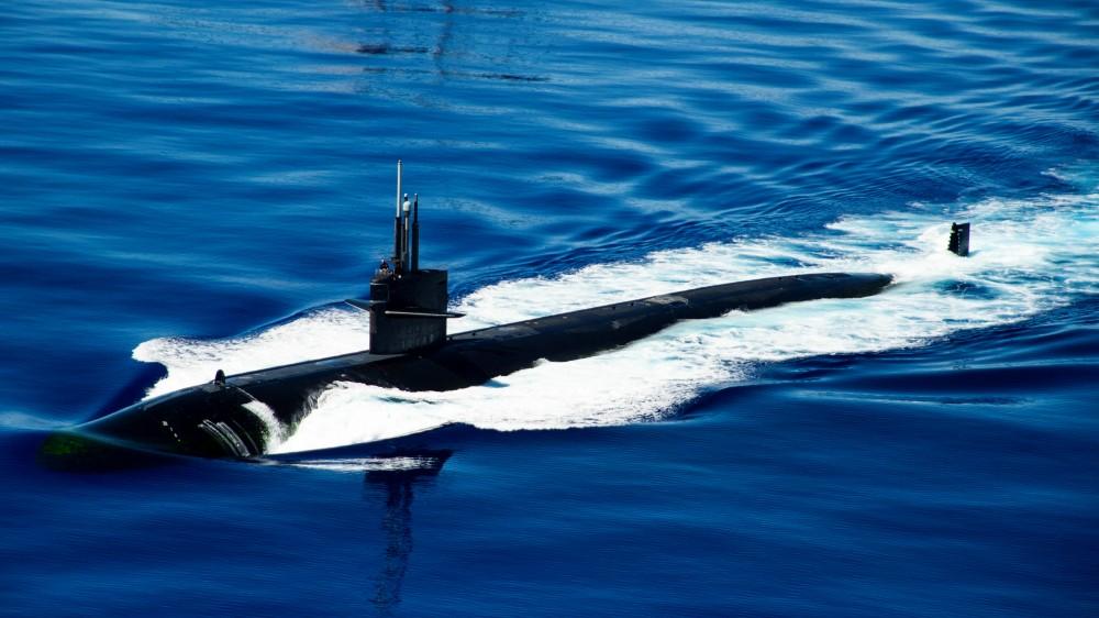 訓練の相手方となるロサンゼルス級原子力潜水艦(Image:U.S.Navy)