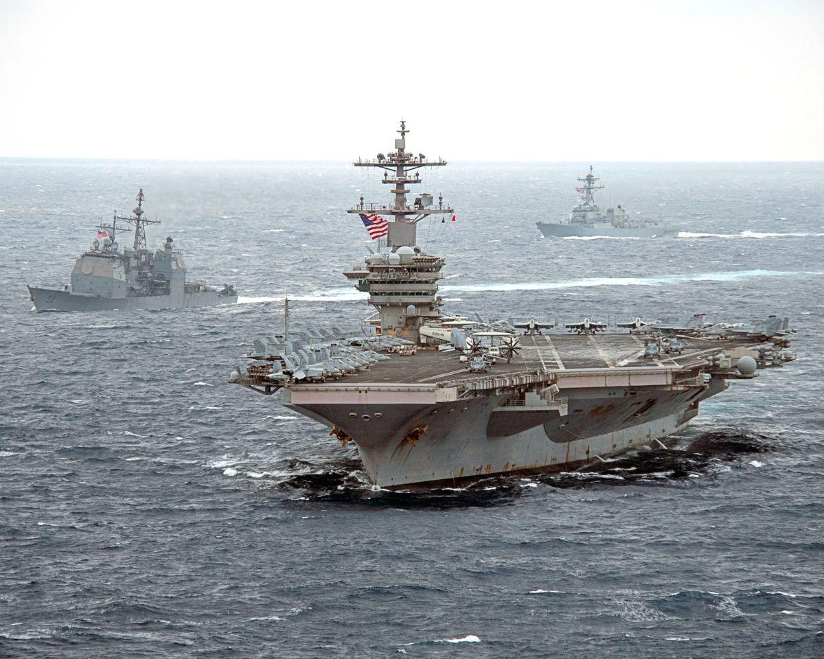 南シナ海入りしたセオドア・ルーズベルト空母打撃群(Image:U.S.Navy)