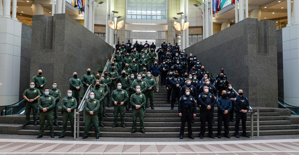 連邦議会での国境警備隊(Image:U.S.CBP)