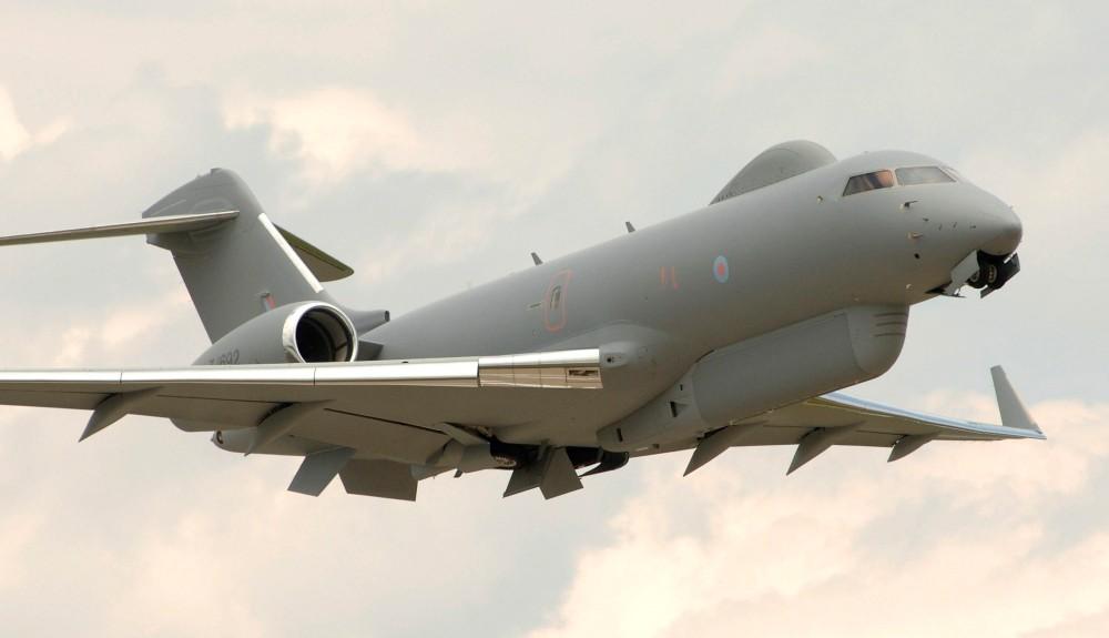 離陸するセンチネル R1(Image:Crown Copyright)