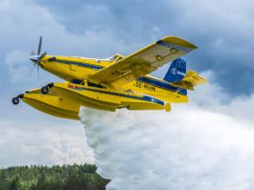 サーブが運用する水上消防機AT-802Fファイアボス(Image:SAAB)