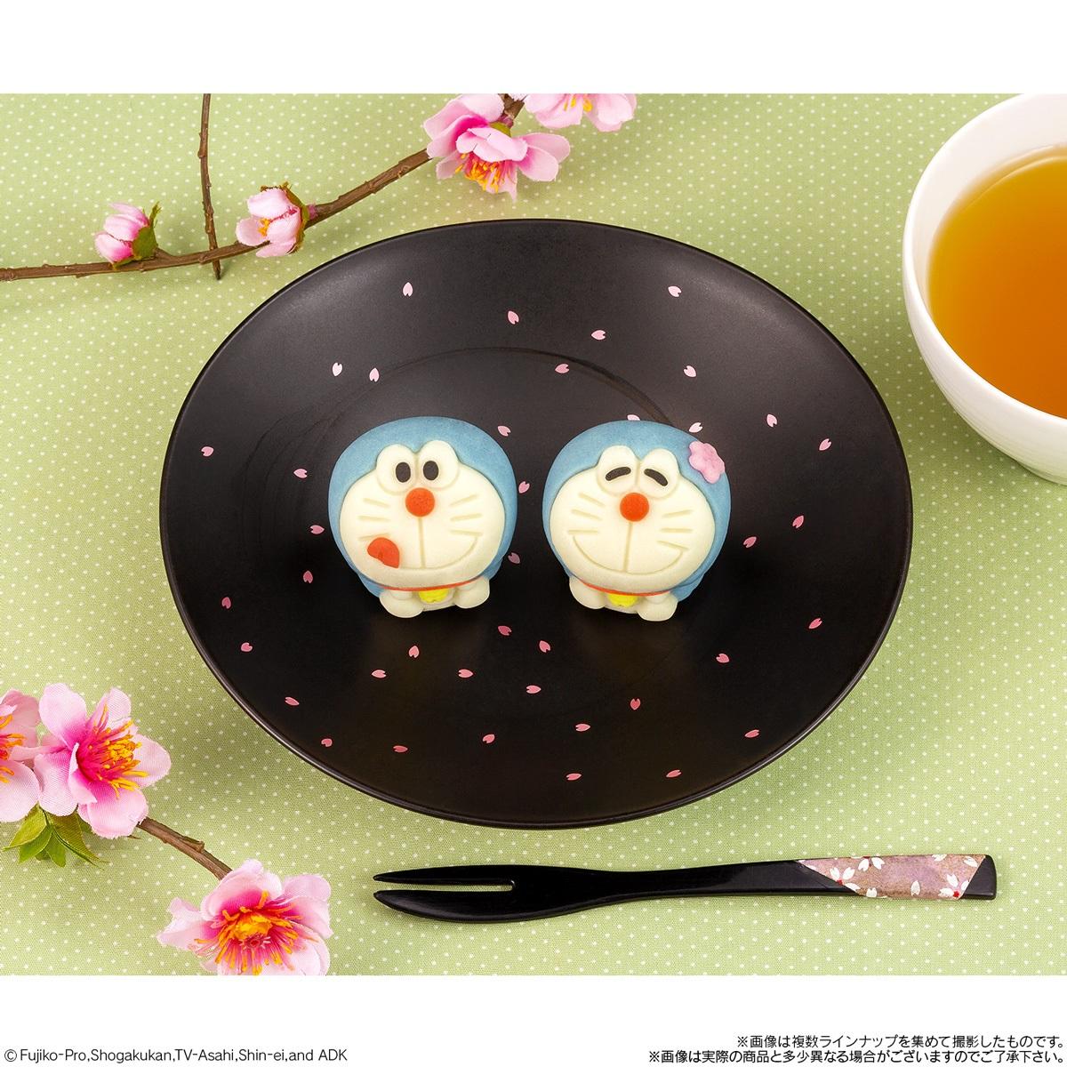 ドラえもん和菓子が発売 カスタード味とさくら味の全2種類