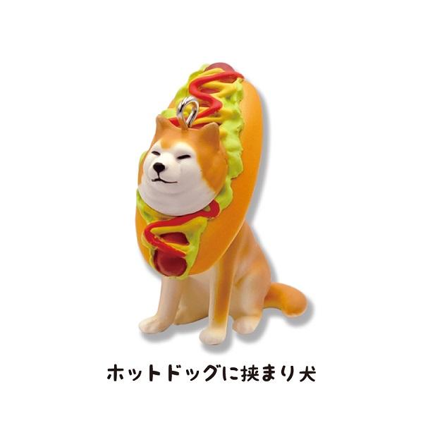 「ホットドッグに挟まり犬」